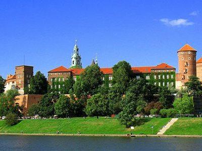 chứng minh thu nhập du lịch Ba Lan