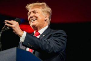 Donald Trump thành lập mxh Truth